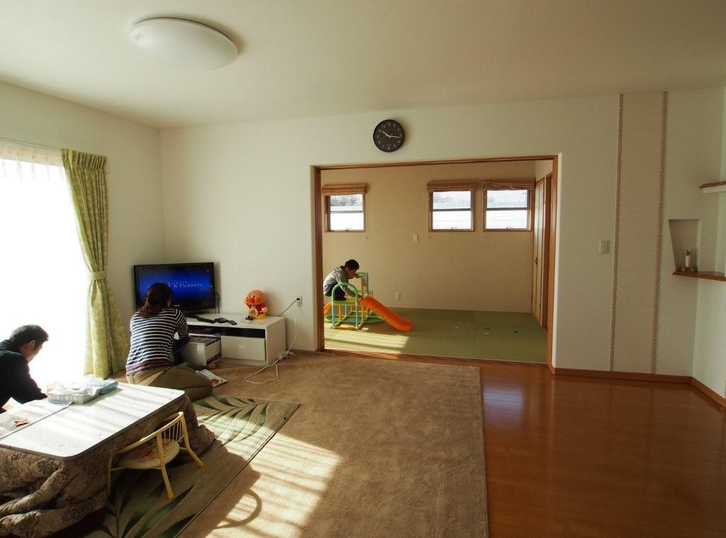 リビングと隣接した和室