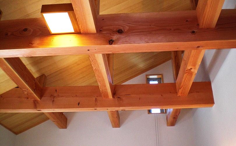 天井のおしゃれな梁