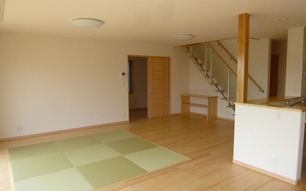 洋室にマッチするおしゃれな畳スペース