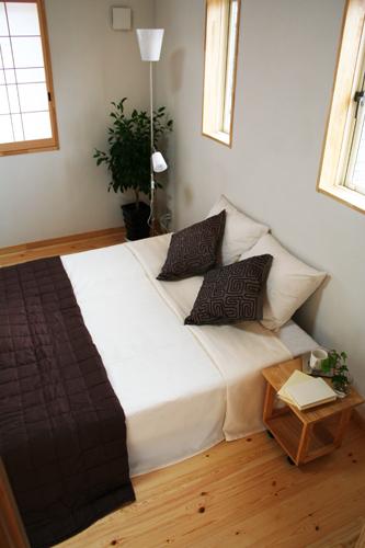 ぬくもりのある寝室