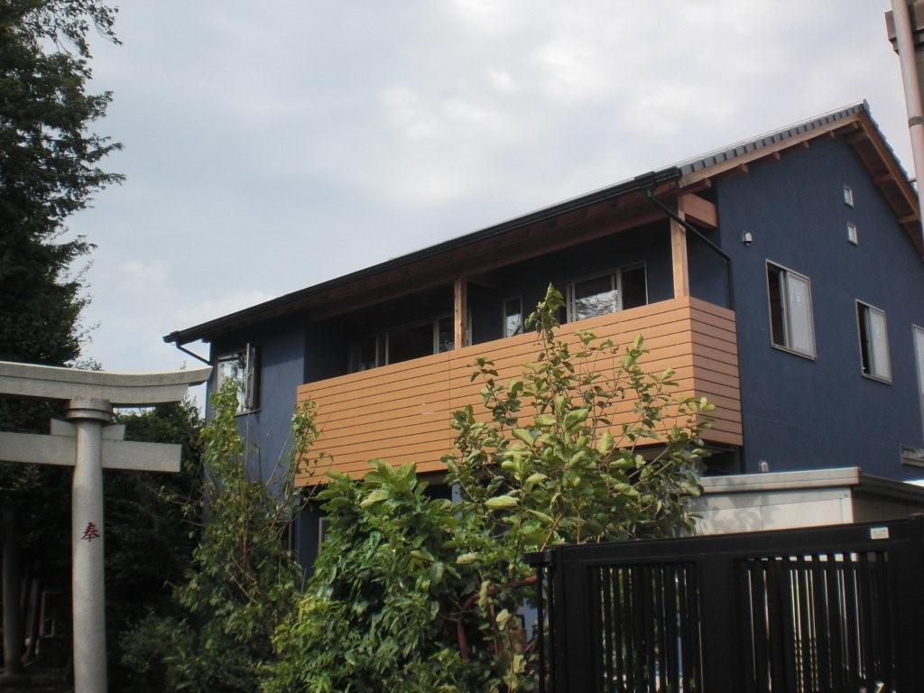自然素材にこだわったモダン和風の2世帯住宅_外観